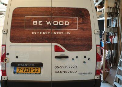 Voertuigreclame auto belettering ontworpen en gemonteerd op bedrijfsauto be wood barneveld