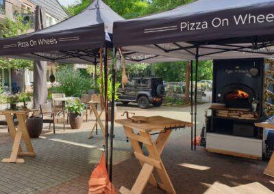Bedrukte tenten ontworpen en geleverd aan pizza on wheels uit veenendaal