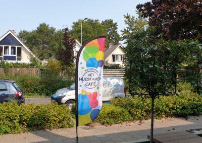 Beachflag voor het huiskamer cafe in woudenberg